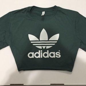 🚨LAST ONE🚨 ADIDAS TREFOIL CROP TOP